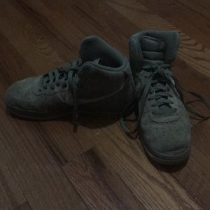 Nike airforce 1 army green